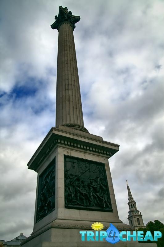 Kolumna Nelsona na Trafalgar Square-Londyn