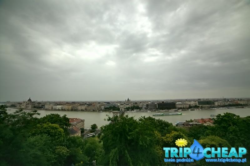 Widok z wzgórza zamkowego-Budapeszt