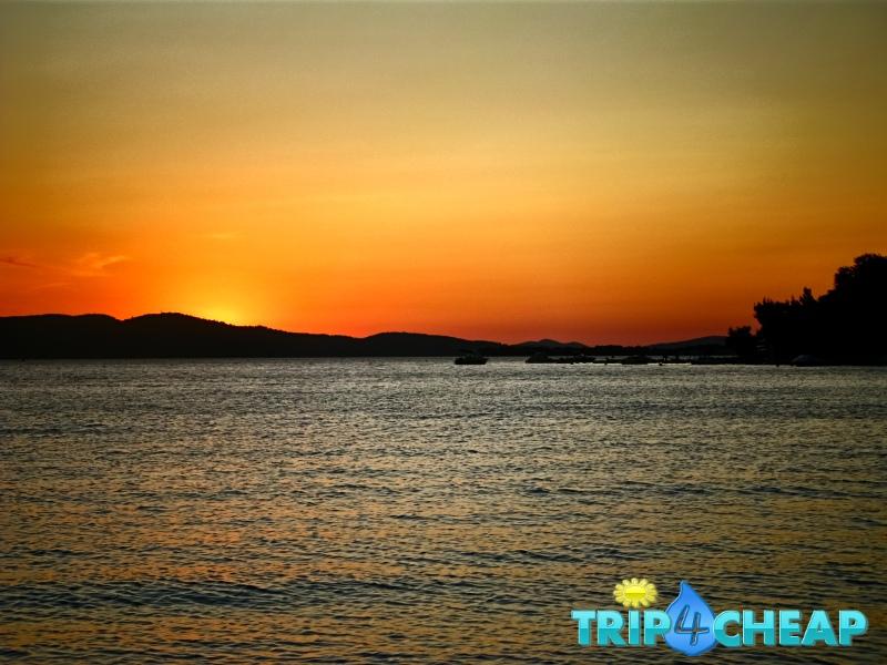 Zachód słońca w Żaboric-Chorwacja