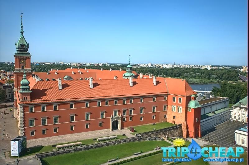 Widok z wieży widokowej kościoła św Anny na zamek-Warszawa