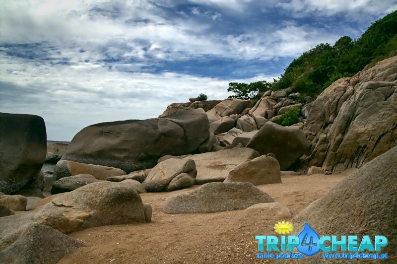 Skały na Lang Khaai Bay